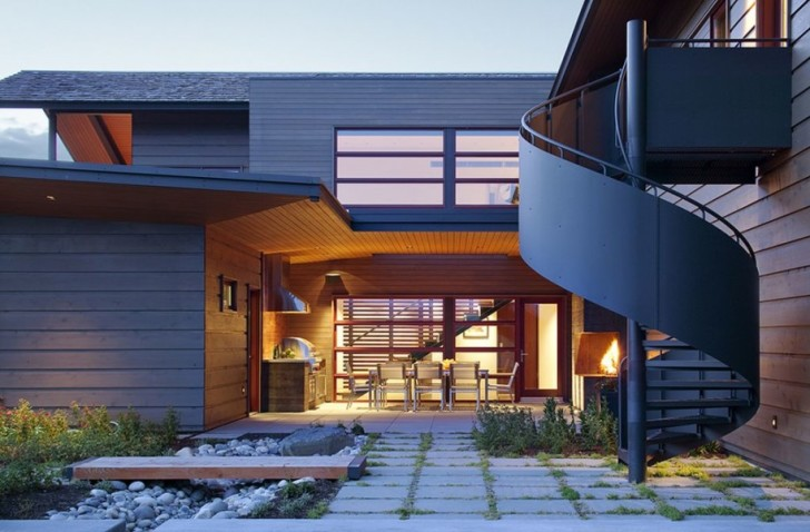 Unique Spiral Stair Exterior Design Classic House Architecture